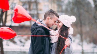 婚活デートにお勧め、カジュアルだけど会話が弾む焼き鳥屋さん「秋吉」石川県スタイルの焼鳥です。